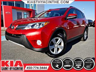 Used 2014 Toyota RAV4 XLE AWD ** TOIT OUVRANT / CAMÉRA for sale in St-Hyacinthe, QC