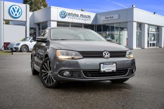 Used 2013 Volkswagen Jetta 2.0 TDI Highline <b>*LEATHER* *MANUAL TRANSMISSION* *DIESEL* *SUNROOF* *HEATED SEATS*<b> for sale in Surrey, BC