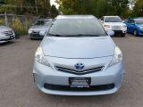 2013 Toyota Prius v  Photo24