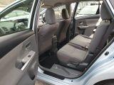 2013 Toyota Prius v  Photo32