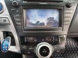 2013 Toyota Prius v  Photo39