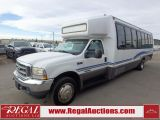 Photo of White 2002 Ford F-550