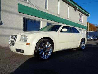 Used 2005 Chrysler 300 Berline 4 portes 300 à traction arrière for sale in St-Jérôme, QC