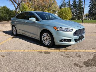 Used 2013 Ford Fusion Hybrid SE Hybird / Bluetooth! Leather heated seats & Sunroof for sale in Winnipeg, MB