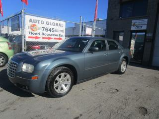 Used 2005 Chrysler 300 Berline 4 portes 300 à traction arrière for sale in Montréal, QC