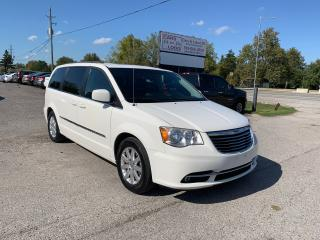 Used 2013 Chrysler Town & Country TOURING for sale in Komoka, ON