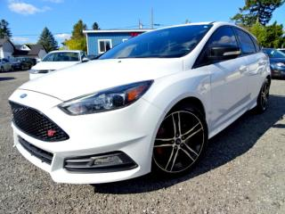 Used 2015 Ford Focus ST Hatch Navi Recaro Seats Sunroof Certified for sale in Guelph, ON