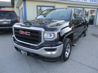 Used 2017 GMC Sierra 1500 GREAT KM'S SL EDITION 6 PASSENGER 5.3L - VORTEC.. 4X4.. CREW.. SHORTY.. BACK-UP CAMERA.. BLUETOOTH SYSTEM.. AUX/USB INPUT.. for sale in Bradford, ON