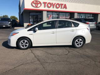 Used 2012 Toyota Prius Hybrid auto Ac power pkg great gas mileage for sale in Cambridge, ON