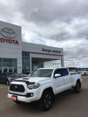 Used 2018 Toyota Tacoma TRD Sport for sale in Renfrew, ON
