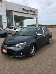 Used 2014 Toyota Corolla S for sale in Renfrew, ON