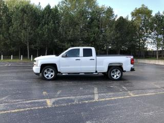 Used 2018 Chevrolet Silverado 1500 Custom DBL CAB 4X4 for sale in Cayuga, ON