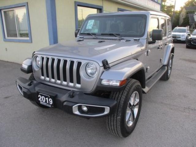 2019 Jeep Wrangler LOADED UNLIMITED-SAHARA EDITION 5 PASSENGER 3.6L - V6.. 4X4.. FACTORY WARRANTY.. REMOVABLE TOP.. NAVIGATION.. BACK-UP CAMERA.. BLUETOOTH..