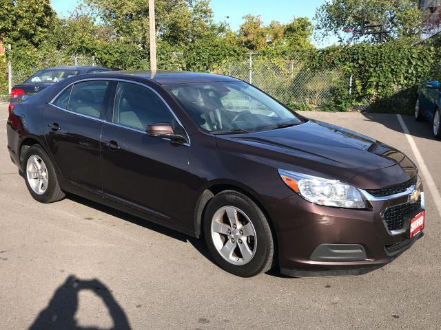 2015 Chevrolet Malibu 1LT ** CRUISE,  ALLOYS, BLUETOOTH **