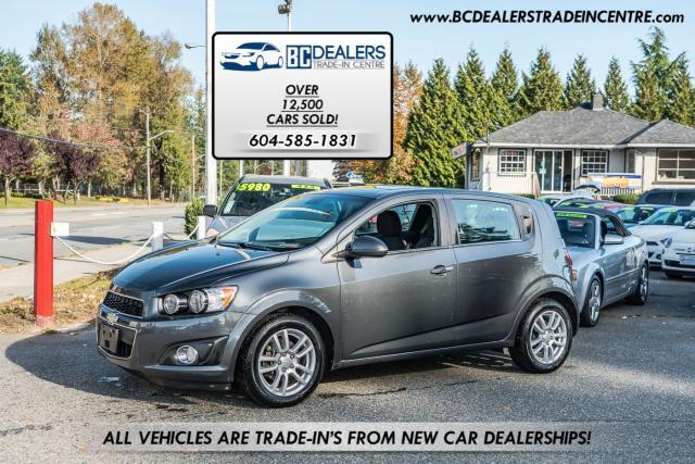 2013 Chevrolet Sonic LT, Sunroof, Low Km's, Heated Seats, Bluetooth!