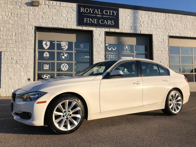 2013 BMW 3 Series 320i xDrive Sunroof Luxury Line Premium Package