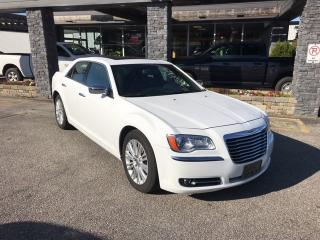 Used 2014 Chrysler 300C C AWD for sale in Bracebridge, ON