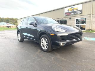 Used 2015 Porsche Cayenne AWD 4dr Diesel black on black leather Navigation for sale in St. George Brant, ON