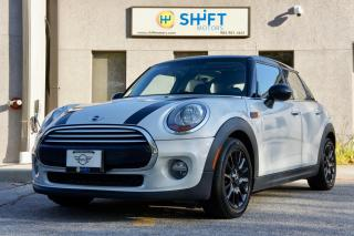 Used 2015 MINI Cooper 5 Door EXCITEMENT PACKAGE, ONE OWNER, ACCIDENT FREE for sale in Burlington, ON