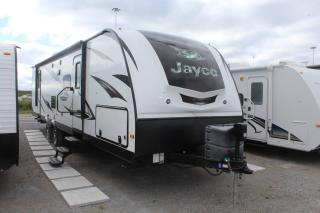 Used 2013 Jayco Whitehawk 33BHBS for sale in Whitby, ON
