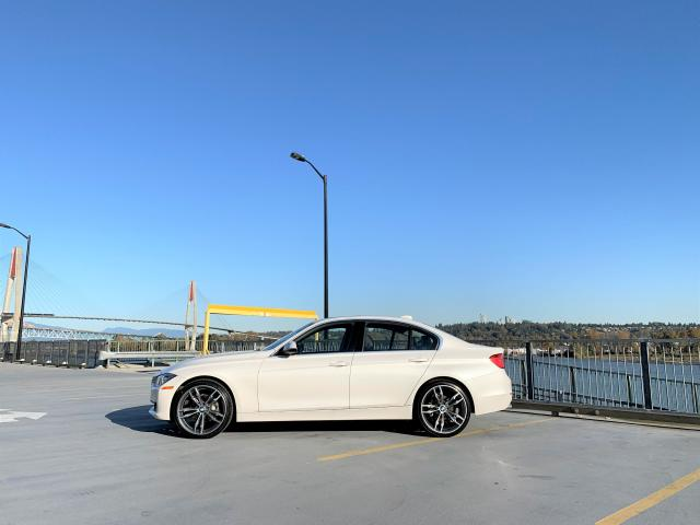 """2014 BMW 328xi Sedan ONLY 52K - NEW 20"""" M-SPORT WHEELS AND TIRES"""