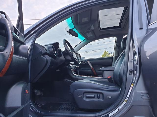 2012 Toyota Highlander LIMITED  Photo18