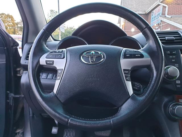 2012 Toyota Highlander LIMITED  Photo22