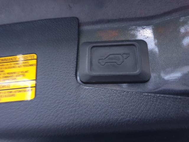 2012 Toyota Highlander LIMITED  Photo28