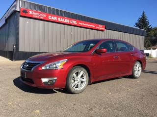 Used 2015 Nissan Altima 2.5 SV for sale in Edmonton, AB
