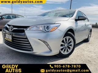 Used 2016 Toyota Camry LE for sale in Mississauga, ON