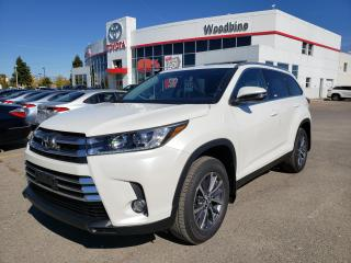 Used 2019 Toyota Highlander XLE for sale in Etobicoke, ON