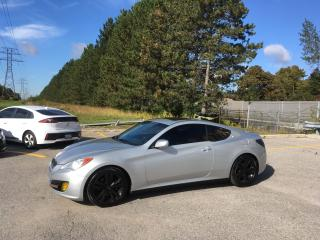 Used 2011 Hyundai Genesis Coupe Premium for sale in Scarborough, ON