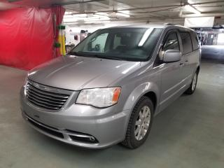 Used 2015 Chrysler Town & Country TOURING* DVD* SIEGES CHAUFFANTS* CAMERA* for sale in Québec, QC