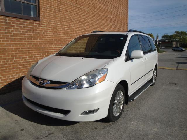 2008 Toyota Sienna AWD /XLE/LIMITED /7 PASSENGER /LEATHER /SUNROOF