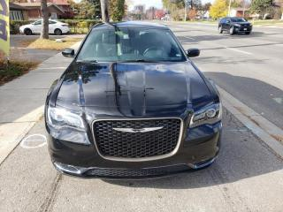 Used 2018 Chrysler 300 300S RWD for sale in Toronto, ON