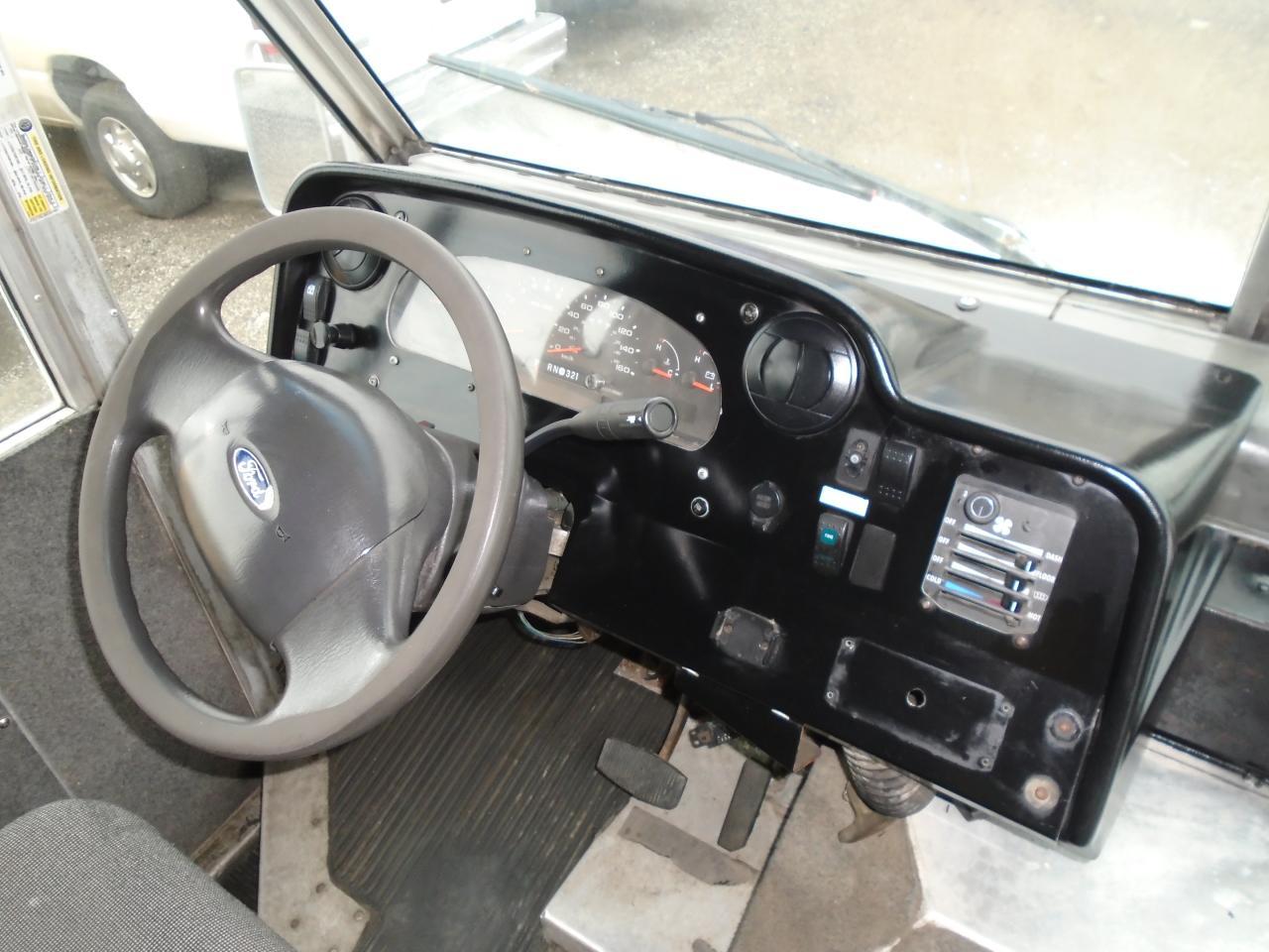 2008 Ford E450