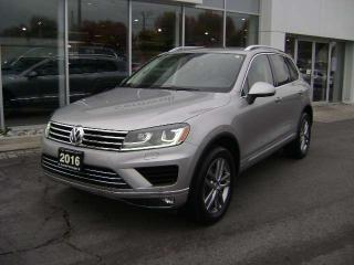 Used 2016 Volkswagen Touareg Highline V6 for sale in Cornwall, ON