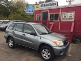 Photo of Gray 2005 Toyota RAV4