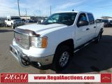 Photo of White 2013 GMC Savana 2500