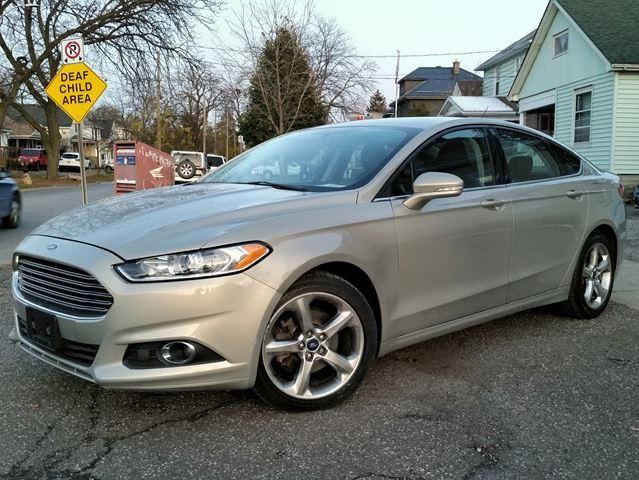 2015 Ford Fusion SE Heated Seats Sync-Connect Polished Wheels