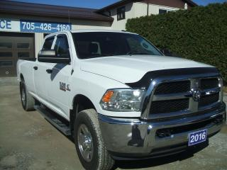 Used 2016 RAM 3500 ST , 4X4, Crew ,Diesel, 8ft. Box for sale in Beaverton, ON