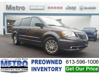 Used 2015 Chrysler Town & Country Touring-L Fully Loaded for sale in Ottawa, ON