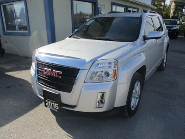 2015 GMC Terrain FUEL EFFICIENT SLE-2 EDITION 5 PASSENGER 2.4L - ECO-TEC.. HEATED SEATS.. PIONEER AUDIO.. BACK-UP CAMERA.. BLUETOOTH SYSTEM..
