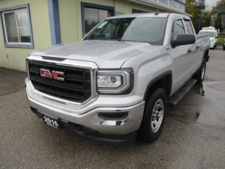 Used 2016 GMC Sierra 1500 LIKE NEW SL EDITION 6 PASSENGER 5.3L - VORTEC.. 4X4.. QUAD-CAB.. SHORTY.. AUX/USB INPUT.. BACK-UP CAMERA.. BLUETOOTH SYSTEM.. for sale in Keswick, ON