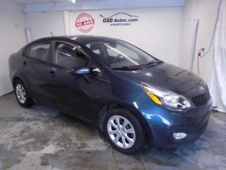 Used 2013 Kia Rio for sale in Ancienne Lorette, QC