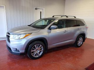 Used 2016 Toyota Highlander XLE AWD for sale in Pembroke, ON