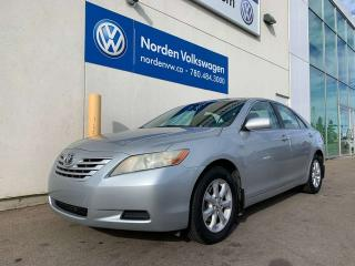 Used 2007 Toyota Camry LEATHER / HEATED SEATS / FULLY LOADED for sale in Edmonton, AB