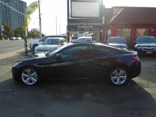 Used 2010 Hyundai Genesis Coupe 2.0T/ NEW BRAKES / NEW CLUTCH / ALLOYS /6SPD TURBO for sale in Scarborough, ON