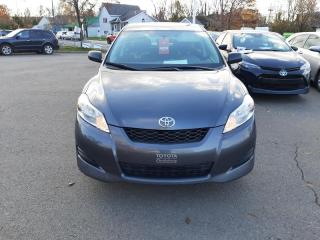 Used 2014 Toyota Matrix FWD BASE for sale in Québec, QC