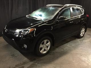 Used 2014 Toyota RAV4 XLE AWD **MAGS/FOGS/TOIT** 62 381 KM* for sale in St-Eustache, QC
